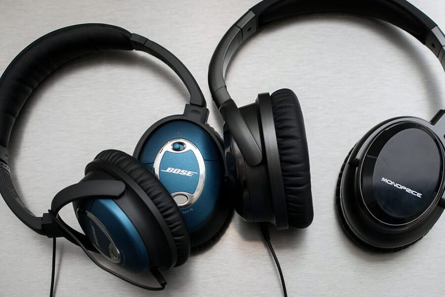 Best Noise Cancelling Headphones For Sale | Top 3 Reviews 2019